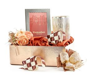 HAMPERS BLOOMING WISHES
